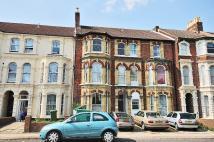 1 bedroom Flat in VICTORIA ROAD SOUTH...