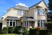 Detached property in West Park, Redruth...