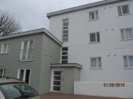 Flat to rent in Strawberry Lane, Redruth...