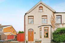 4 bedroom semi detached house for sale in Green Lane, OL10