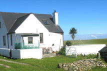 Detached property in An Caladh, Balevullin...