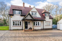 5 bedroom Detached property in Hophurst Hill, RH10