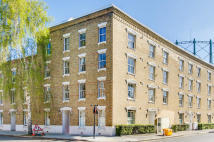 2 bed Flat for sale in Oval Mansions...