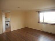 3 bedroom Flat in Westray Court, G67