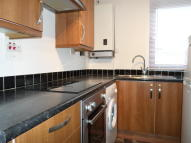 1 bed Flat to rent in Market Close, Kilsyth...