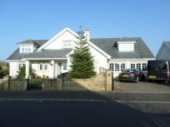 6 bed Detached house in Bowmore Crescent...