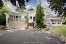 4 bed Detached property in St. Leonards Hill...
