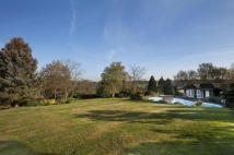 Country House for sale in FULMER RISE, FULMER...