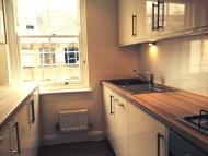Flat to rent in Exmouth Market, London