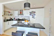 1 bed Flat in Waterson Street, Hoxton...
