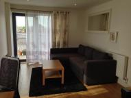 2 bedroom Flat in Canning Town, London