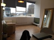 3 bedroom Flat to rent in Long Street, hoxton...