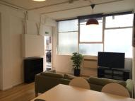 2 bed Flat in Long Street, hoxton...