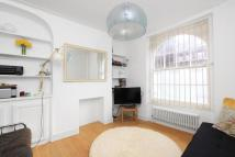 2 bed Flat for sale in Mount Terrace...