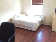 1 bed Flat to rent in Crowndale Road, London
