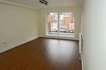 2 bedroom Flat in Umberston Street...