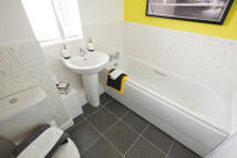 4 bed new house for sale in Chase Farm Drive, Blyth...