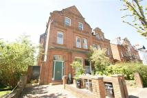 1 bed Flat to rent in Avenue Gardens, London