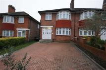 4 bedroom semi detached home to rent in Friars Place Lane, London