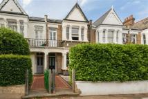 5 bed Terraced house for sale in Woodhurst Road, London