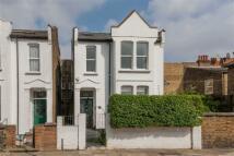 5 bedroom semi detached house in Baldwyn Gardens, London