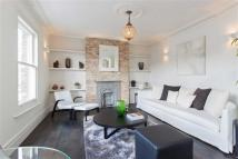 2 bed Flat for sale in Birkbeck Road, London
