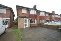 4 bed semi detached home in Friars Way, Acton, London