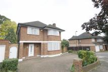 4 bedroom Detached property in Ashbourne Road, London