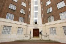 1 bedroom Flat in Hamlet Gardens, London