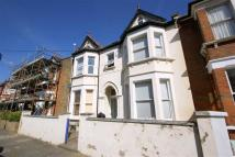 2 bed Flat in Grafton Road, London