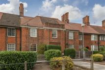 3 bed Terraced property in Fitzneal Street, London
