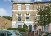 2 bed Flat for sale in Birkbeck Road, London