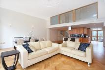 2 bed Apartment to rent in Earl's Court Square...