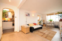 2 bed Flat to rent in Hogarth Road, SW5