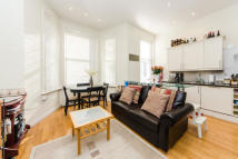 Flat to rent in Westgate Terrace, SW5
