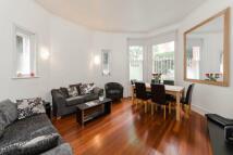 Barkston Gardens Apartment to rent