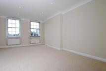 Flat in Coleherne Court...