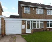 3 bed semi detached home to rent in Ensbury Close, Willenhall