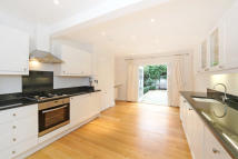 4 bed Terraced property in Bowerdean Street, Fulham