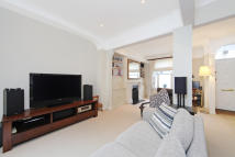 5 bedroom Terraced property to rent in Waterford Road, Fulham