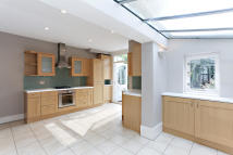 4 bedroom Terraced house to rent in Wardo Avenue, Fulham