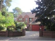5 bed Detached home in Ravine Road...