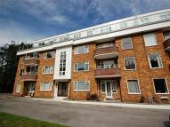 2 bed Flat in Kenilworth Court...