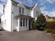 4 bedroom semi detached house in Causewayhead Road...