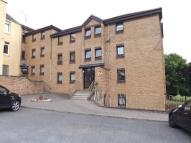Flat to rent in Parkview Court, Camelon...