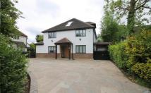 5 bedroom Detached house for sale in Oak Tree Close, Stanmore...