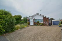 Detached Bungalow in Valley Close, Holton
