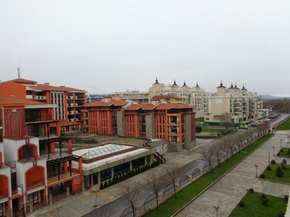 balcony view4