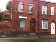 End of Terrace property to rent in Sumner Street, Atherton...