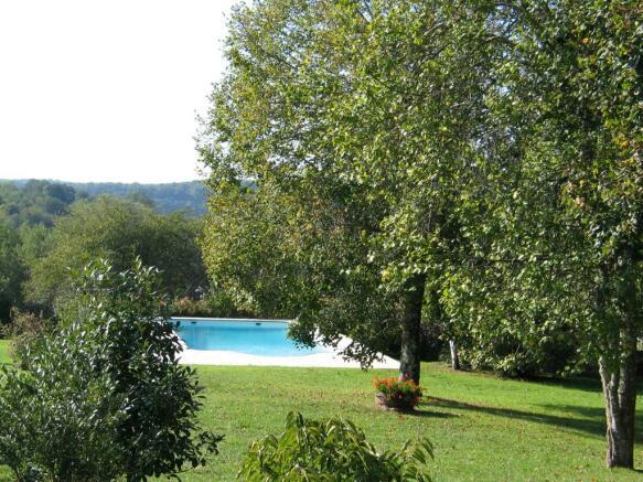 Garden/pool